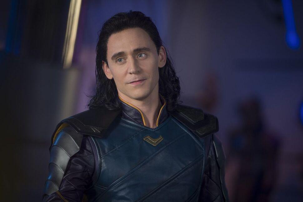 Что случилось с Локи после «Мстителей: Финал»? Том Хиддлстон раскрыл подробности сериала про самого популярного злодея Marvel
