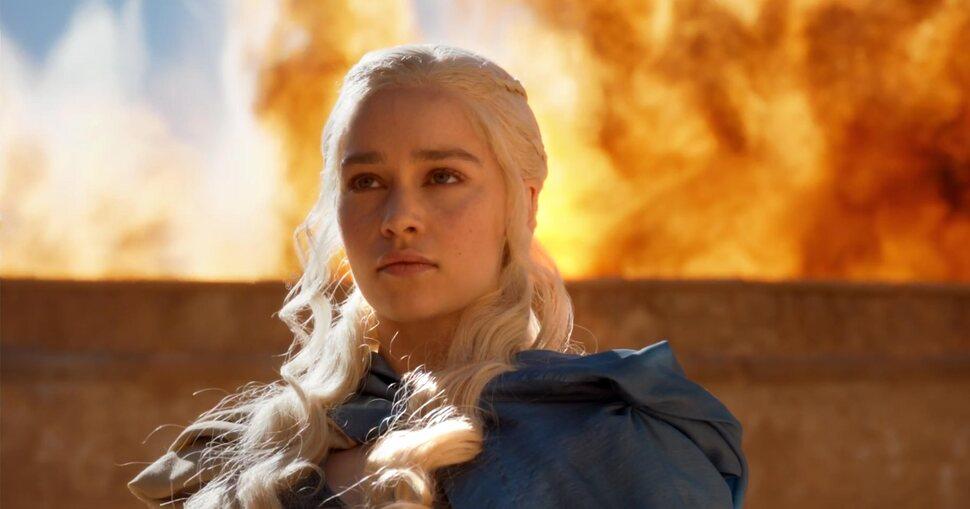 Автор «Игры престолов» опроверг наличие у Дейнерис Таргариен семейного иммунитета к огню