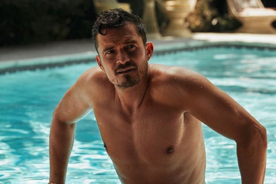 «Мне уже за 40»: Орландо Блум в тропической фотосессии для Flaunt