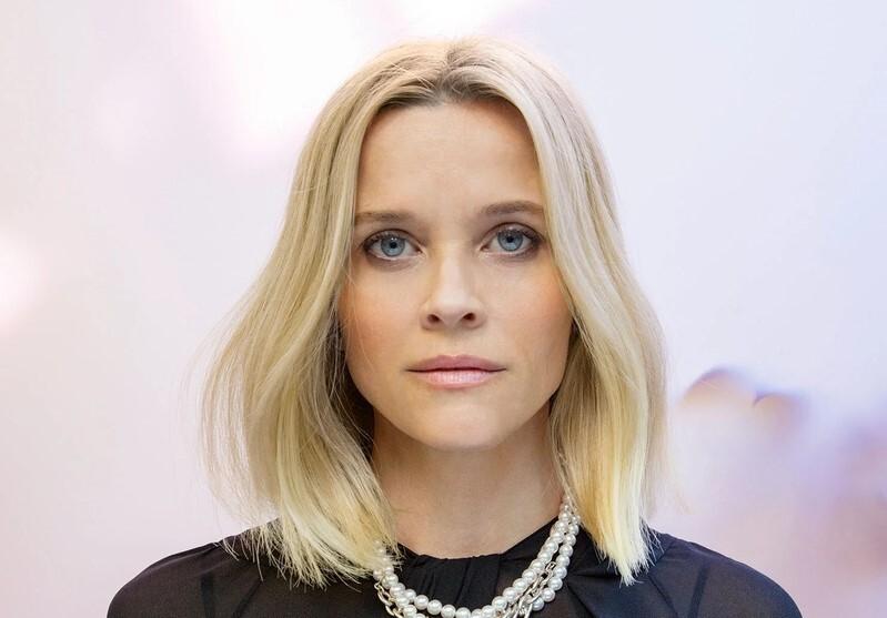 Риз Уизерспун осудила журналистку за попытку «внушить ей стыд» из-за рассказа о домогательствах