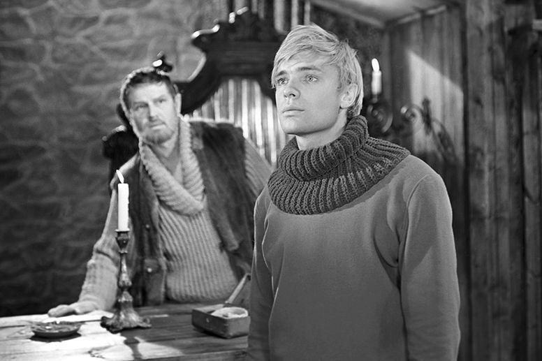 Наш ответ диснеевским принцам: 10 красавцев из советских киносказок