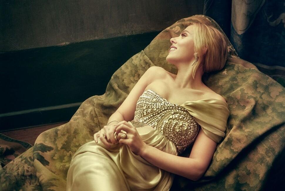 От Лили Рейнхарт до Скарлетт Йоханссон: 15 самых красивых образов на вечеринке Vanity Fair