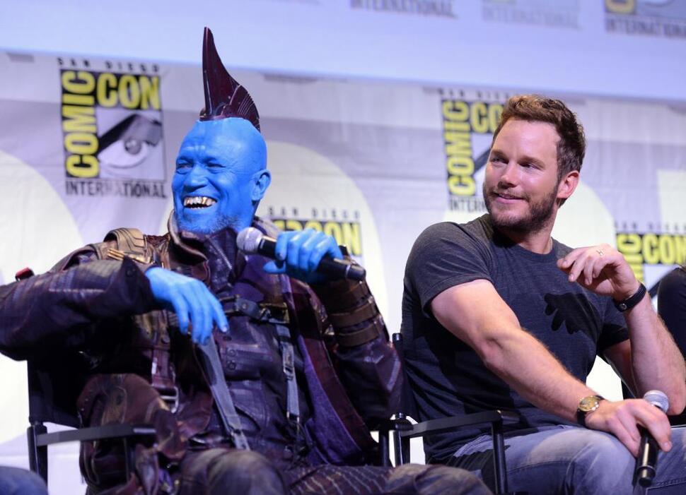 Звезда «Стражей Галактики» Майкл Рукер объяснил, почему его убрали из «Ходячих мертвецов»