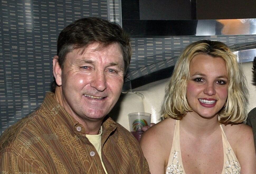Бритни Спирс потратила больше миллиона долларов, чтобы отсудить свободу от опекунства