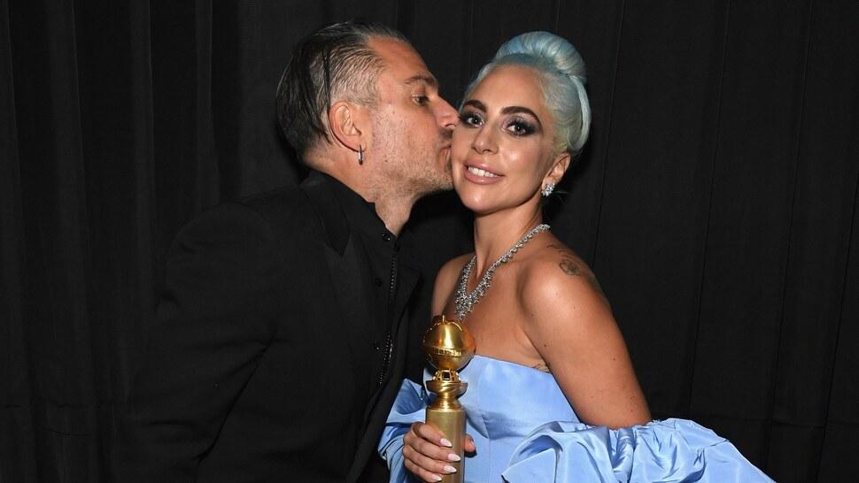 СМИ: Леди Гага снова общается с бывшим женихом Кристианом Карино
