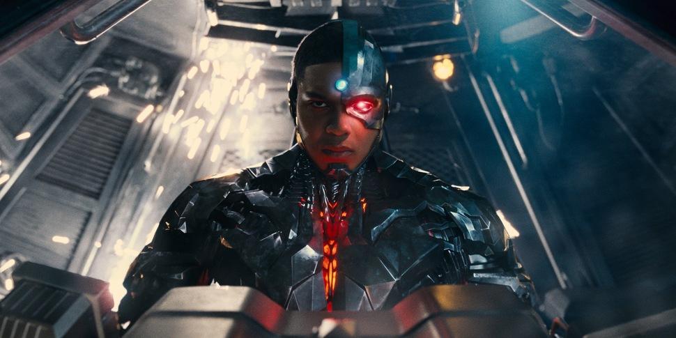Рэй Фишер из «Лиги справедливости» рассказал, что глава DC ему угрожал