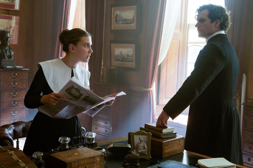 На создателей «Энолы Холмс» подали в суд из-за эмоционального Шерлока Холмса
