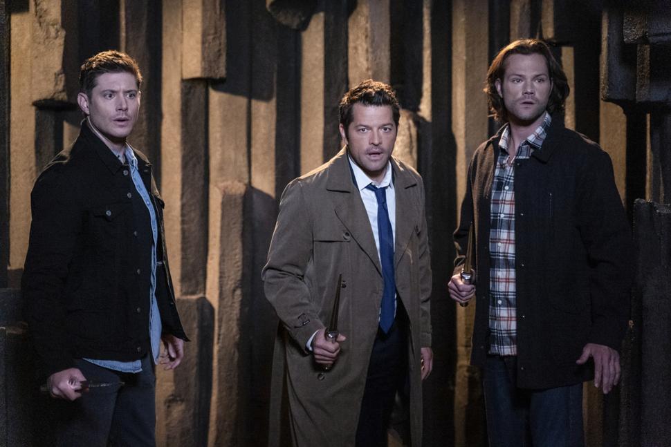 В строю Винчестеров прибыло: в новом промо «Сверхъестественного» возвращается неожиданный герой