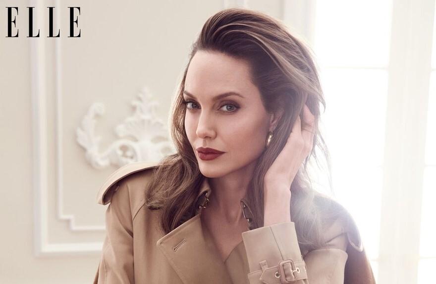 Анджелина Джоли рассказала об «охоте на женщин» в авторской колонке для Elle