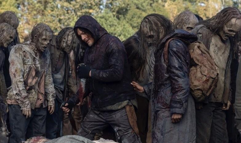 Создатели «Ходячих мертвецов» поделились новыми кадрами финала 10 сезона