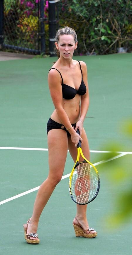 Откровенная игра в теннис от Дженнифер Лав Хьюитт
