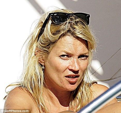 Кейт Мосс хочет выглядеть моложе