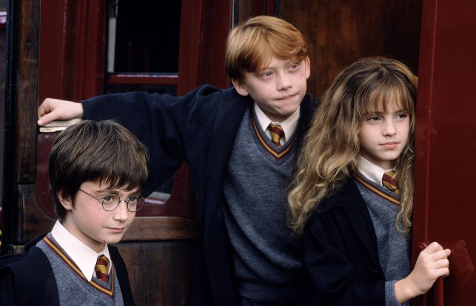 Подарок для фанатов: лучшие сцены из «Гарри Поттера» превратят в картины