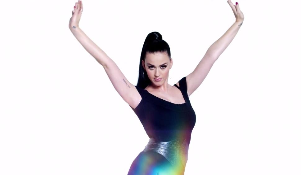 Кэти Перри в рекламе CoverGirl