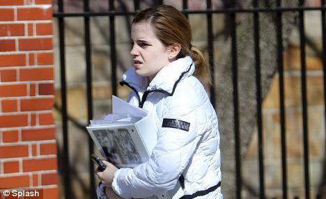 Эмма Уотсон уходит из университета Брауна