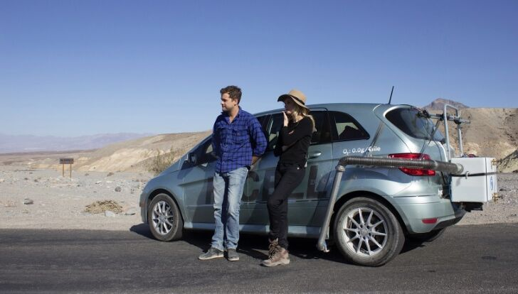 Диана Крюгер и Джошуа Джексон в рекламном ролике Mercedes-Benz B-Class F-Cell