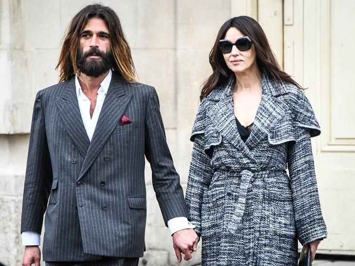 Фото: Моника Беллуччи вышла в свет с молодым любовником в Париже