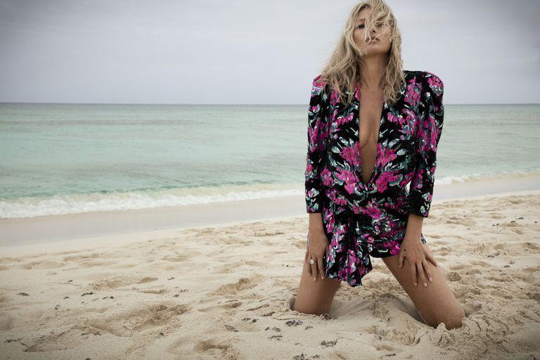 Видео: Кейт Мосс в новой рекламной кампании Saint Laurent