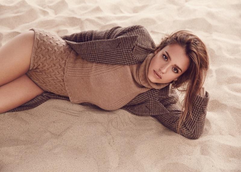 Джессика Альба снялась для обложки сентябрьского Allure