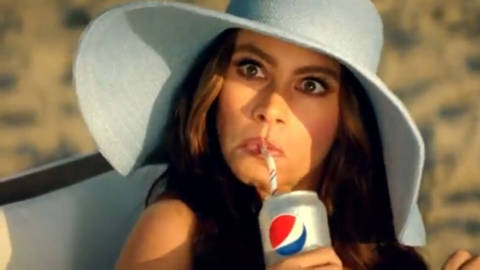 Дэвид Бэкхем и София Вергара в рекламе Diet Pepsi