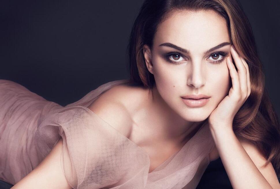 Первый взгляд: Натали Портман в рекламной кампании Dior Forever