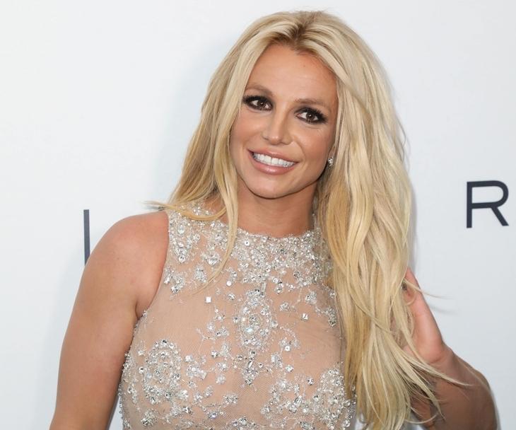 Бритни Спирс впервые связалась с поклонниками: «Всё вышло из-под контроля»