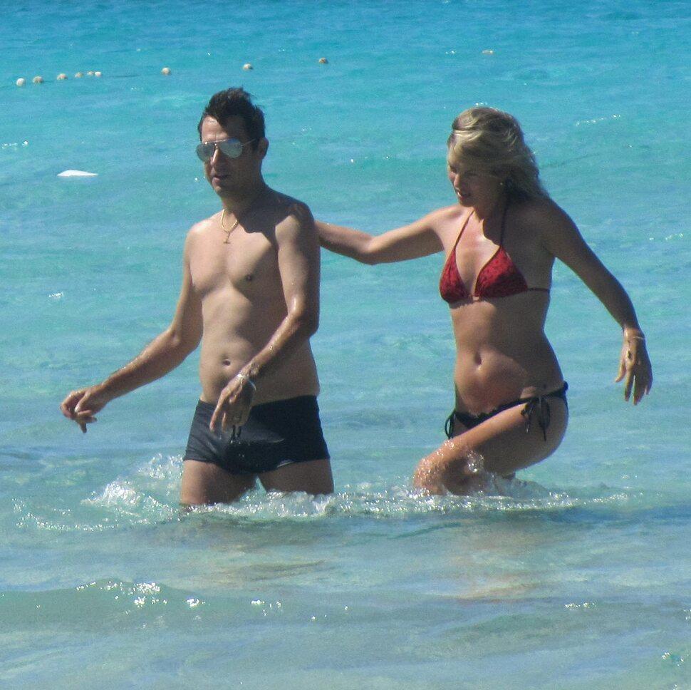 Кейт Мосс с мужем на Ибице