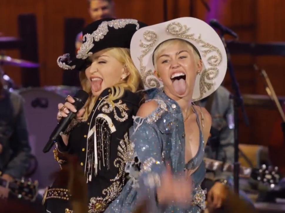 Видео: Мадонна спела дуэтом с Майли Сайрус
