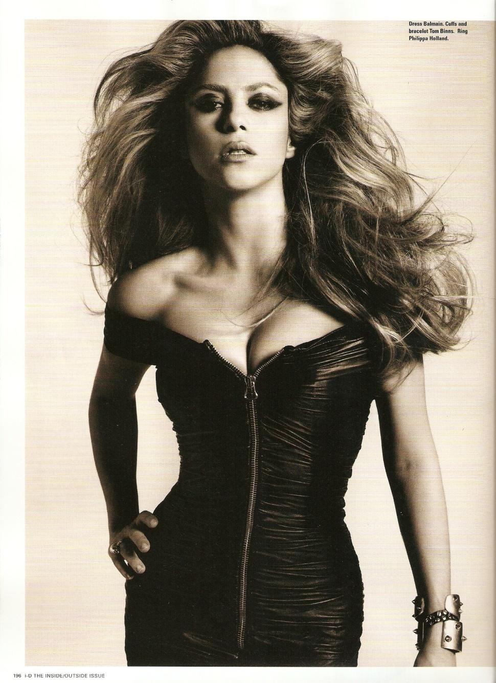 Шакира в журнале i-D. Ноябрь 2009
