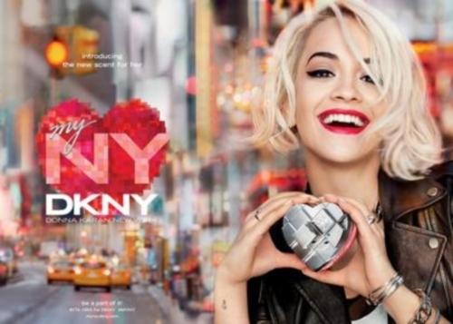 Рита Ора в рекламе парфюма DKNY