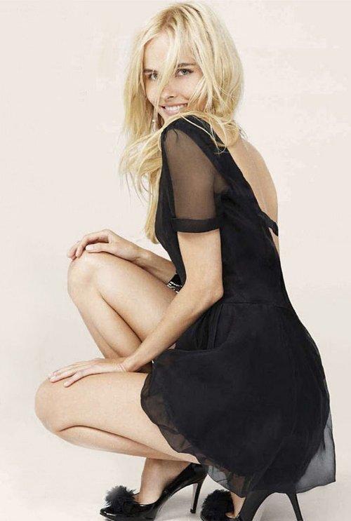 Изабель Лукас в журнале Glamour Великобритания. Декабрь 2011