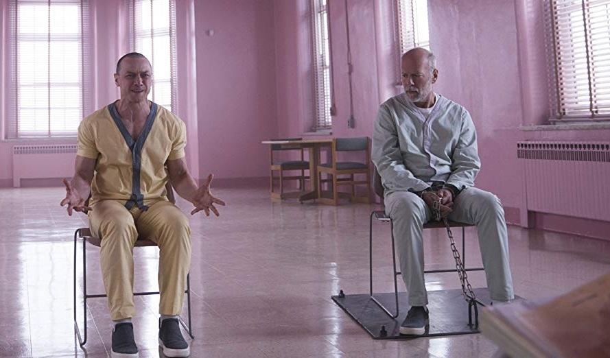Брюс Уиллис, Джеймс МакЭвой, Сара Полсон в долгожданном первом трейлере фильма «Стекло»