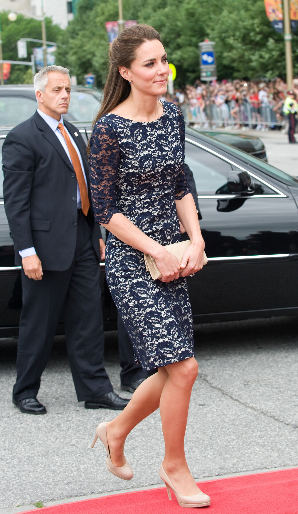 Harper's Bazaar считает, что Кейт Миддлтон одевается лучше всех