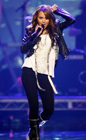 Песня Майли Сайрус была исключена из номинантов на Грэмми