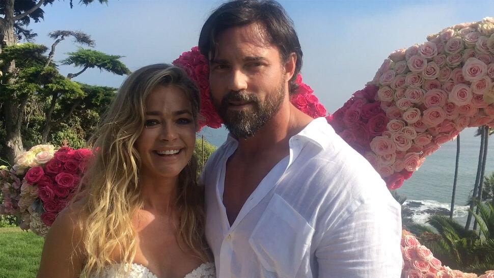 Дениз Ричардс вышла замуж спустя 2 дня после объявления о помолвке (фото)