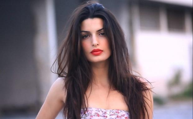 Греческая актриса станет новой подругой Бонда