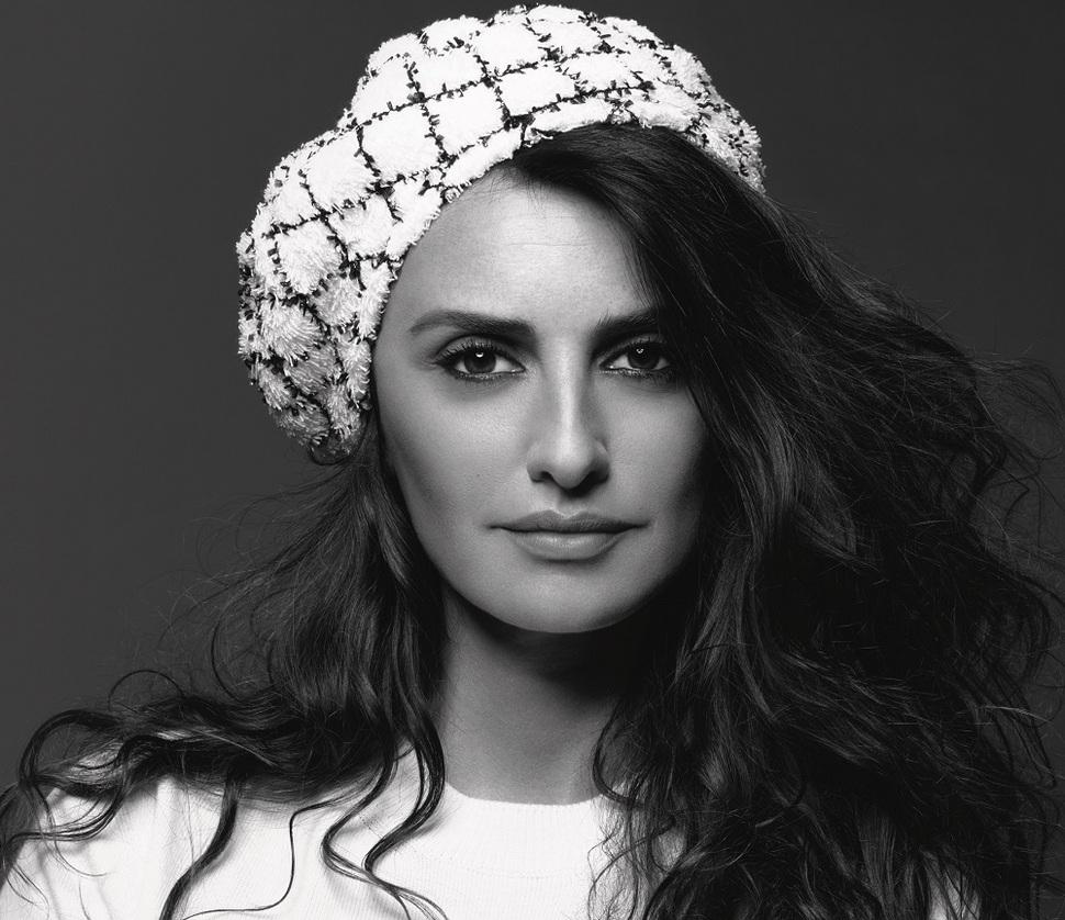 Первые кадры: Пенелопа Крус в новой рекламной кампании Chanel