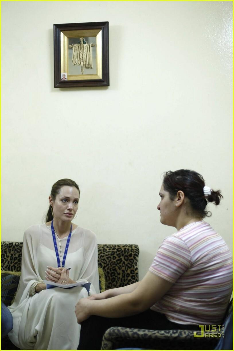 Анджелина Джоли и Брэд Питт в Сирии