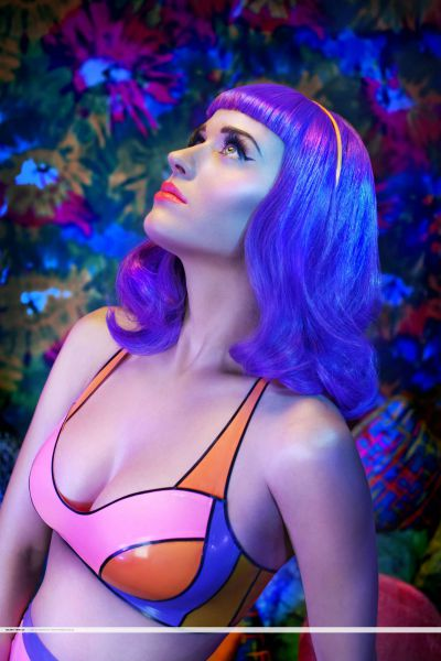 Официальные промо-фото нового клипа Кэти Перри