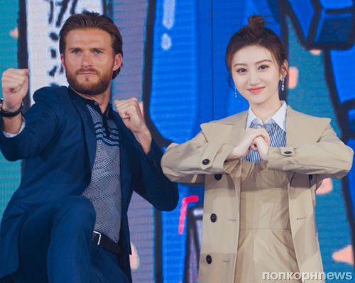 Фото: Скотт Иствуд приехал в Китай на премьеру «Тихоокеанского рубежа 2»