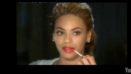 Бейонсе в рекламе L'Oreal на испанском