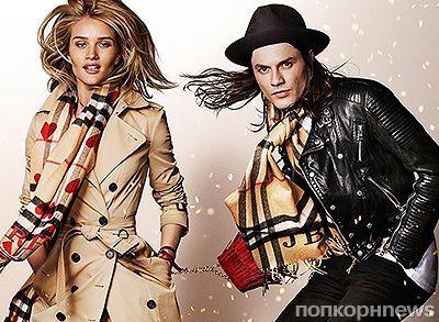 Роузи Хантингтон-Уайтли обнажилась для рождественской рекламы Burberry