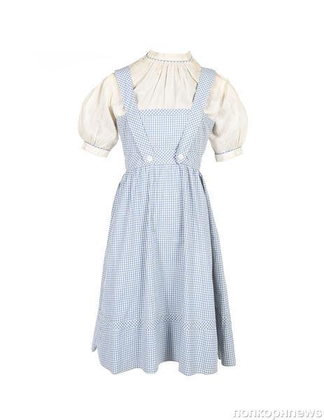 Платье Дороти продано за 480 тысяч долларов