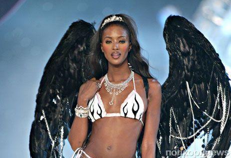 Наоми Кэмпбелл рассказала, почему ее не позвали в «ангелы» Victoria's Secret