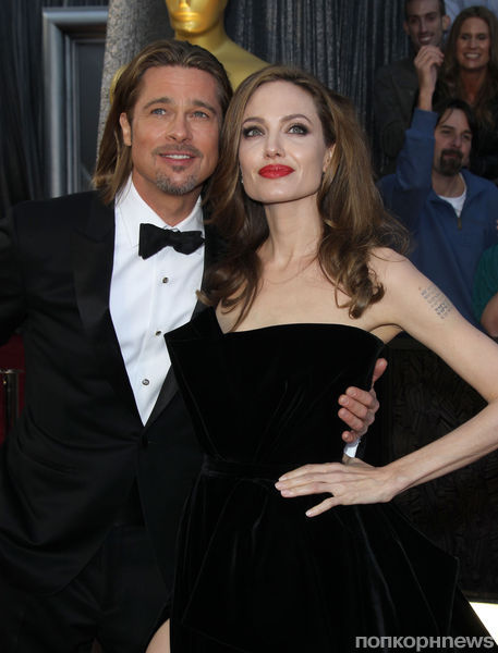 Анджелина Джоли расплакалась, когда Брэд Питт делал ей предложение
