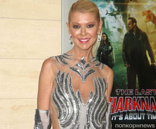 42-летняя звезда «Американского пирога» Тара Рид рискнула выйти в свет в полупрозрачном платье