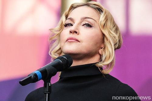 Мадонна нецензурно оскорбила Гая Ричи со сцены