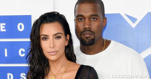 Ким Кардашьян считает, что Канье Уэст «пахнет деньгами»