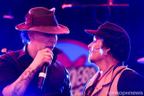 Джонни Депп спел дуэтом с Мэрилином Мэнсоном на вечеринке Стеллы Маккартни