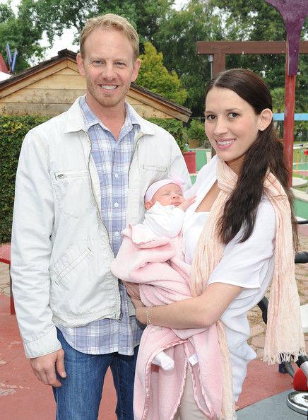 Йен Зиринг показал свою дочь